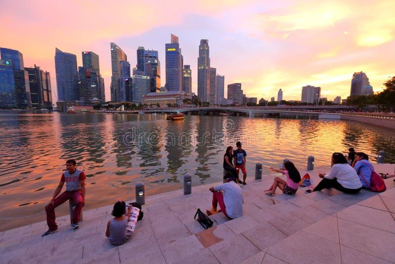 Городской пейзаж Сингапура в вечере стоковое фото rf