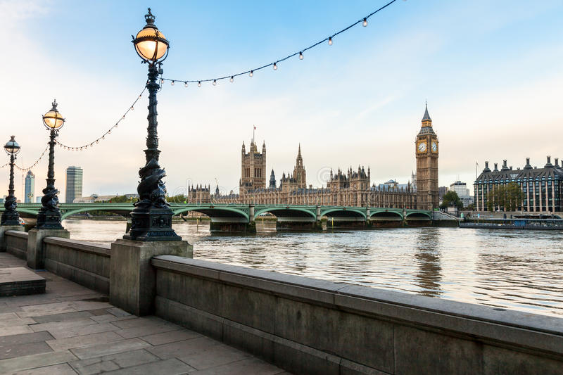 Городской пейзаж утра Лондона стоковые фото