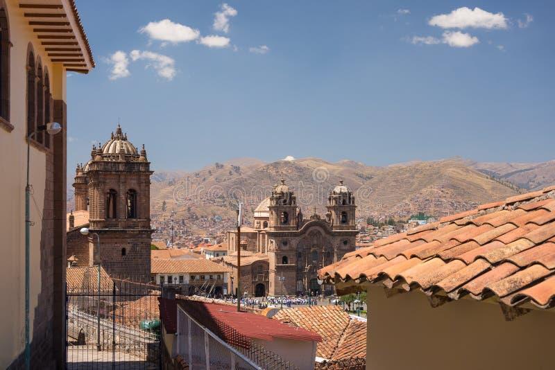Городской пейзаж Cusco, Перу, с ясным небом стоковые изображения rf