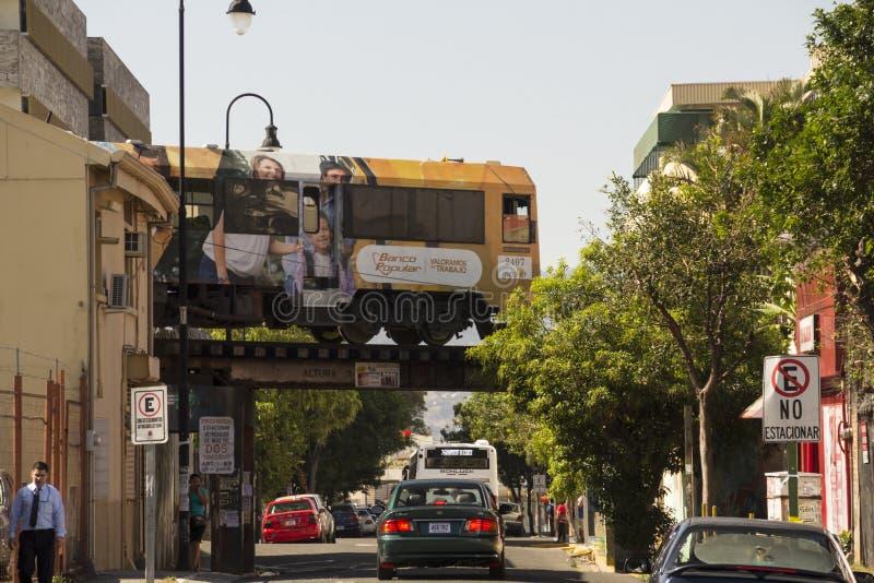 Городской поезд в Сан-Хосе Коста-Рика стоковое изображение