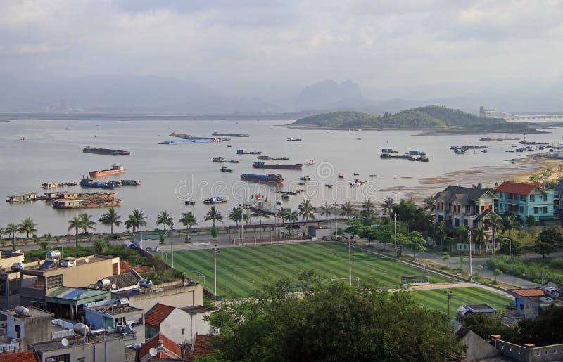 Город Ha длинный, север Вьетнама стоковые фотографии rf