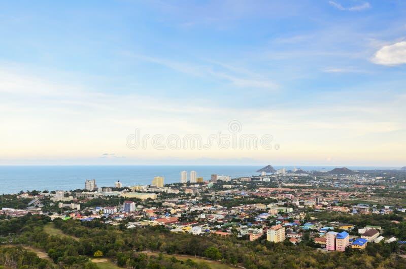 Download Город Hua Hin ландшафта стоковое изображение. изображение насчитывающей habitation - 33732129