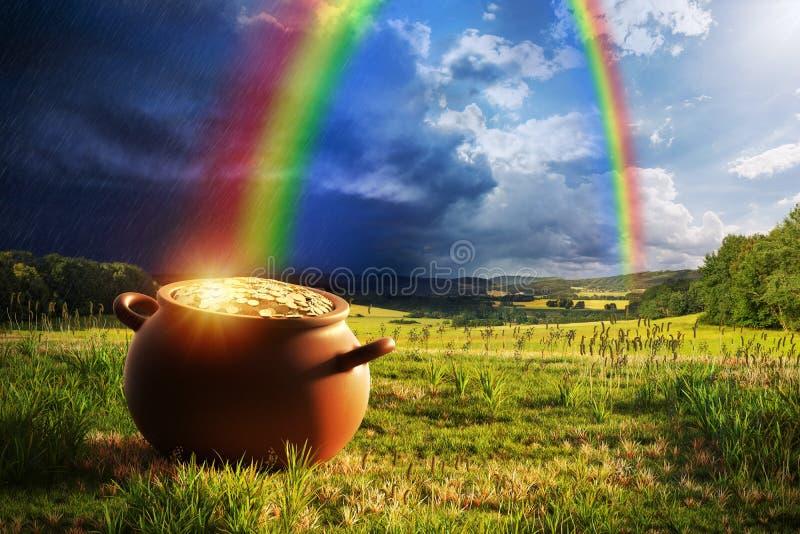 Горшок с золотом с радугой стоковое изображение