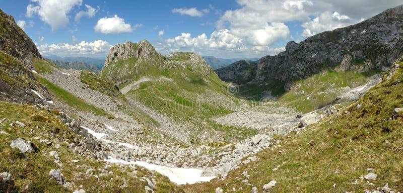 Горы албанских Альп стоковое изображение rf
