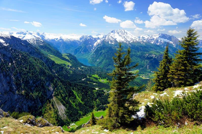 Горы Альпов, Бавария стоковые фотографии rf