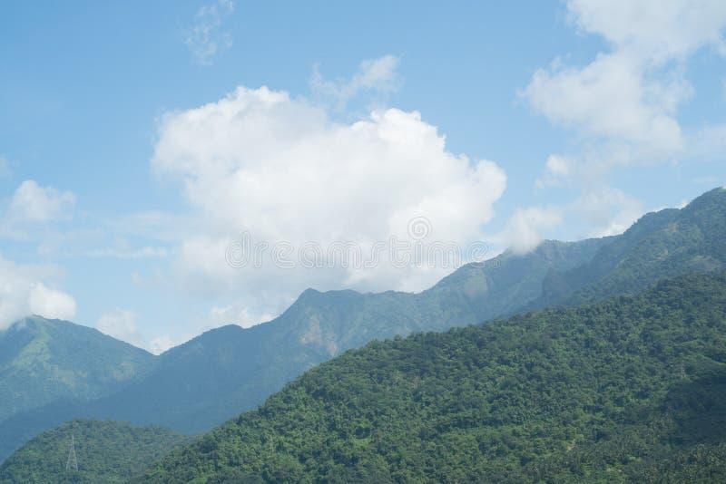 Горы в взгляде утра, Керала Индия стоковая фотография