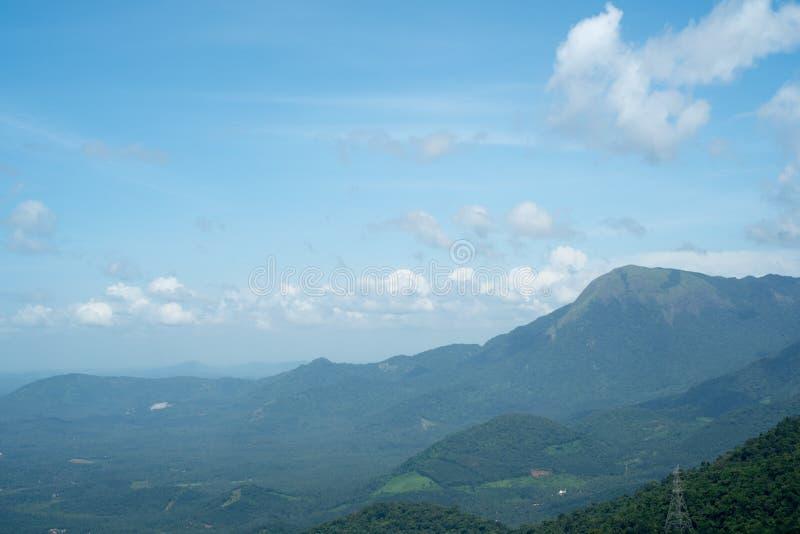 Горы в взгляде утра, Керала Индия стоковые изображения