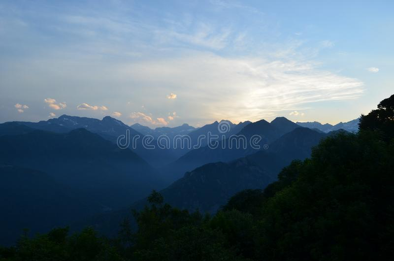 Горы в Италии стоковое изображение rf