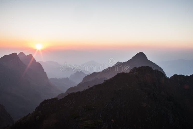 Горы в Таиланде стоковая фотография