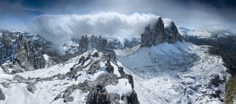 горы доломитов стоковые изображения