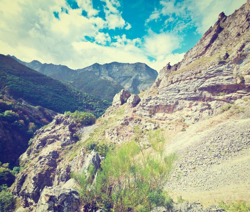 Download горы Испания стоковое фото. изображение насчитывающей европейско - 41655158