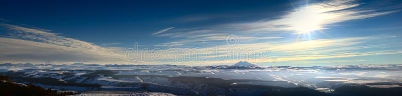 Горы Кавказа, Elbrus стоковые фотографии rf