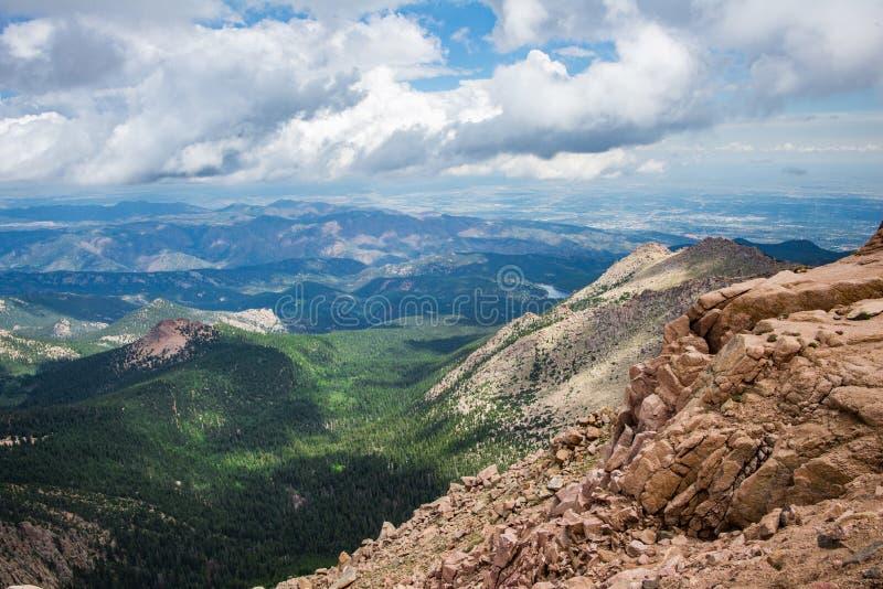 Горы Колорадо щук пиковые скалистые стоковое фото rf