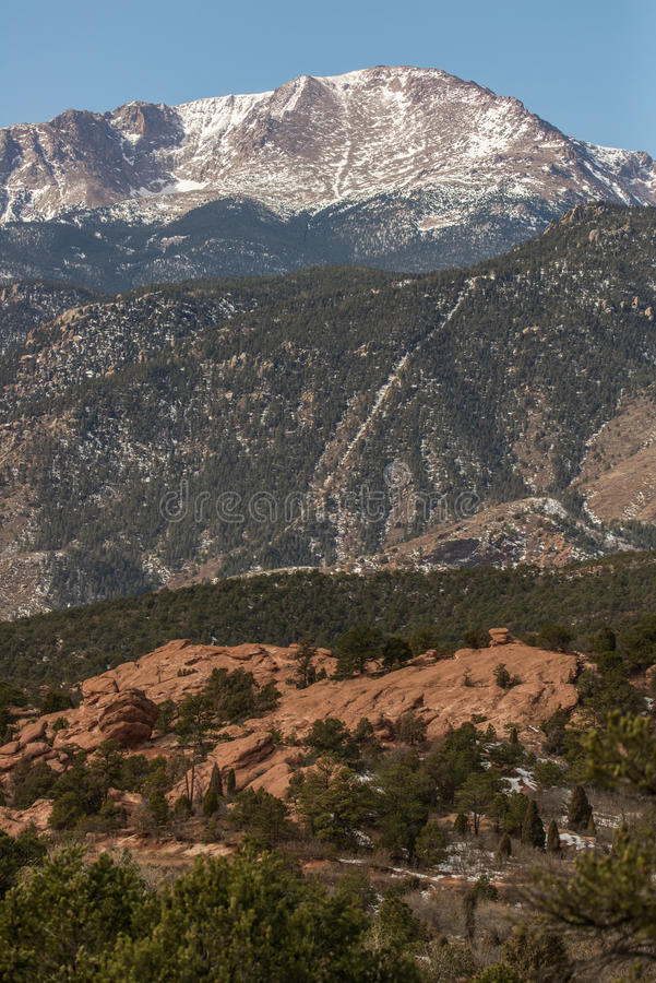 Горы Колорадо щук пиковые скалистые стоковая фотография rf