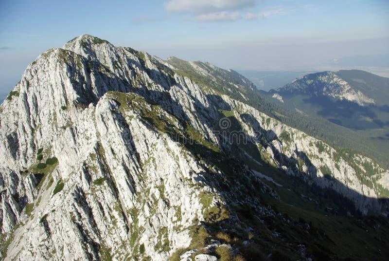 горы румынские стоковое фото rf