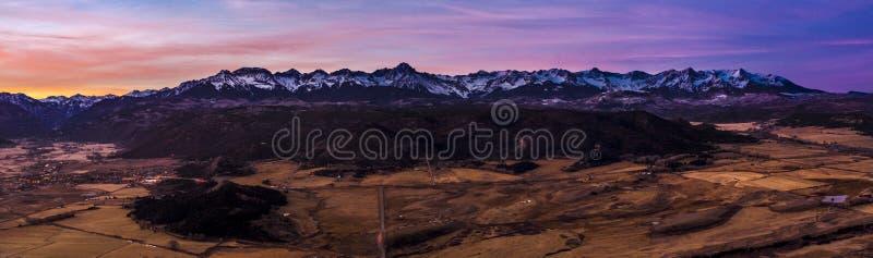 Горы Сан-Хуана на границе Далласа стоковое изображение rf