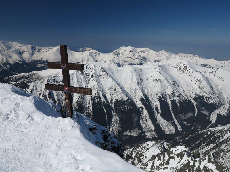 Горы снега, весьма лыжа (высокие Tatras, Словакия) стоковые изображения rf