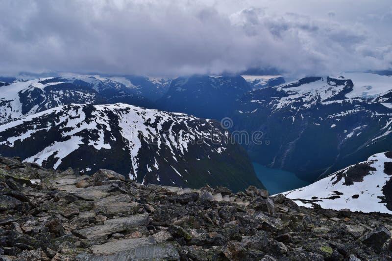 горы снежные стоковые фото