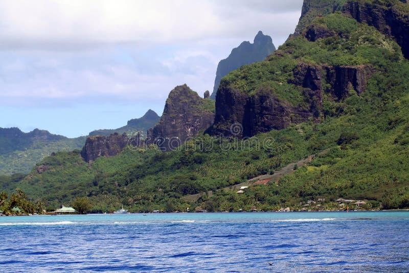 горы Таити стоковые изображения rf