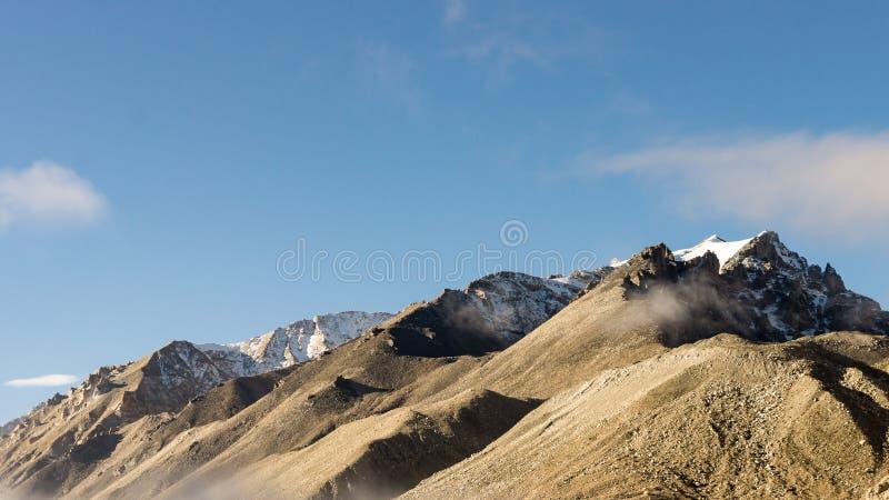 горы Тибет стоковая фотография rf
