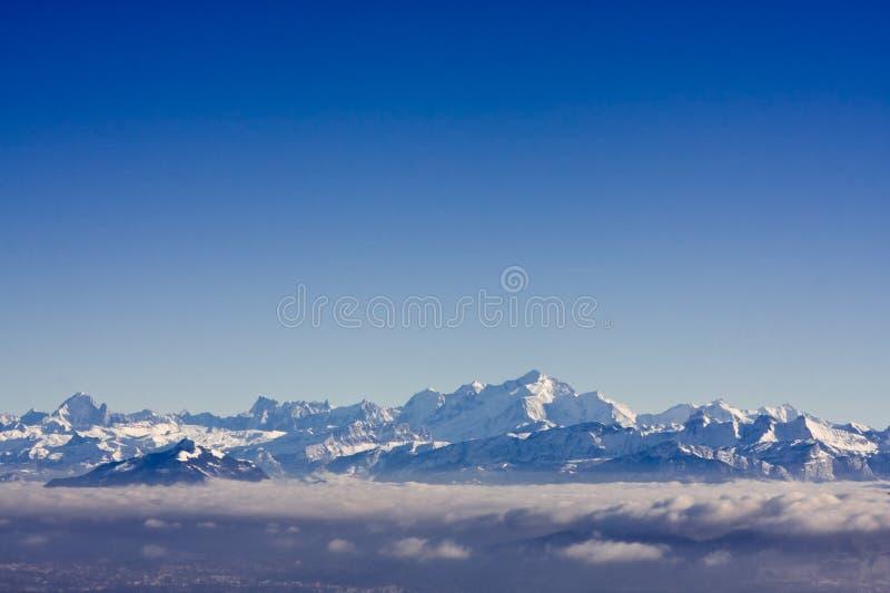 горы alps швейцарские стоковое изображение rf