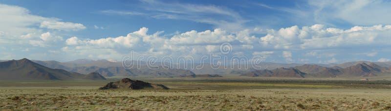 Горы Altai. Красивый ландшафт гористой местности стоковые фото
