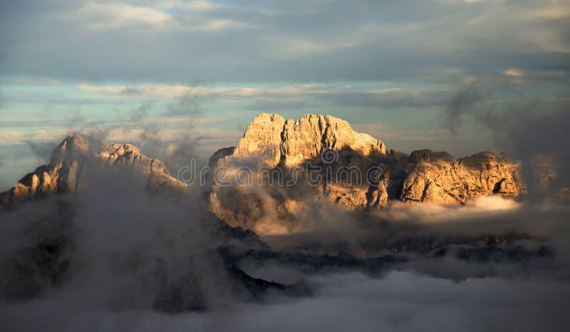Горы Dolomiti стоковые фотографии rf