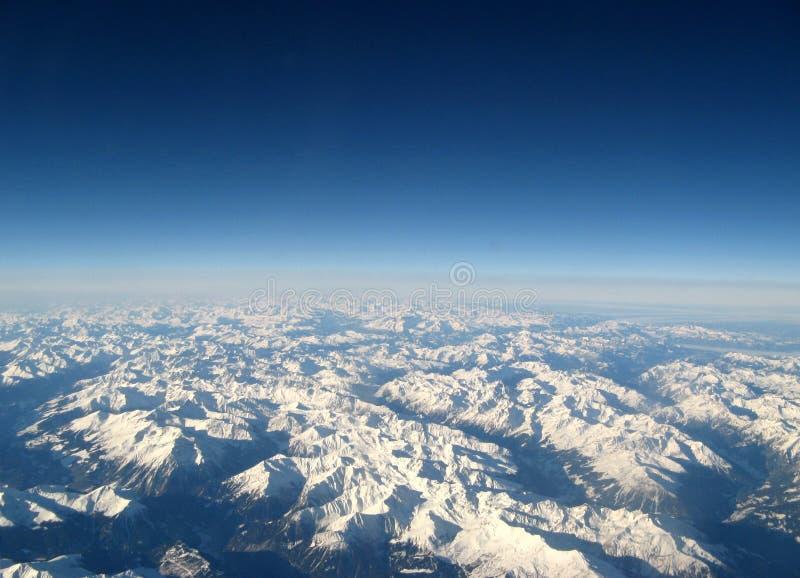 горы innevate стоковое изображение