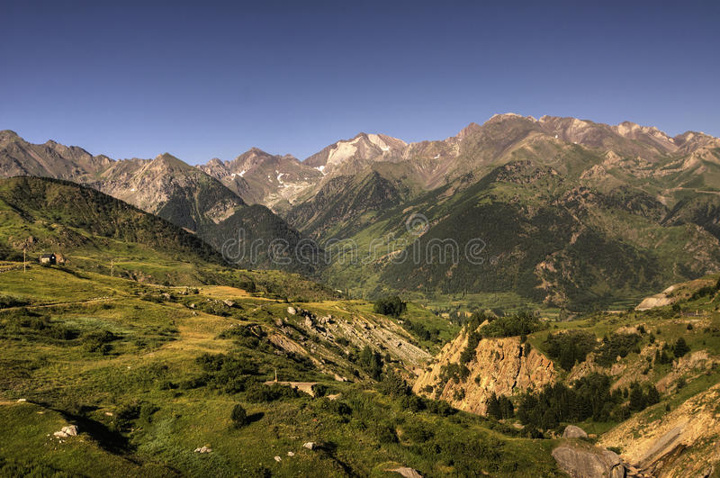 горы pyrenees стоковые изображения