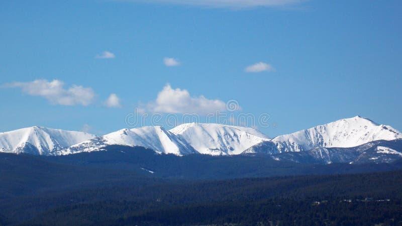 горы snowcapped стоковое фото