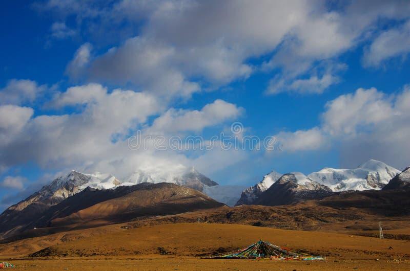 Горы Tanggula стоковая фотография