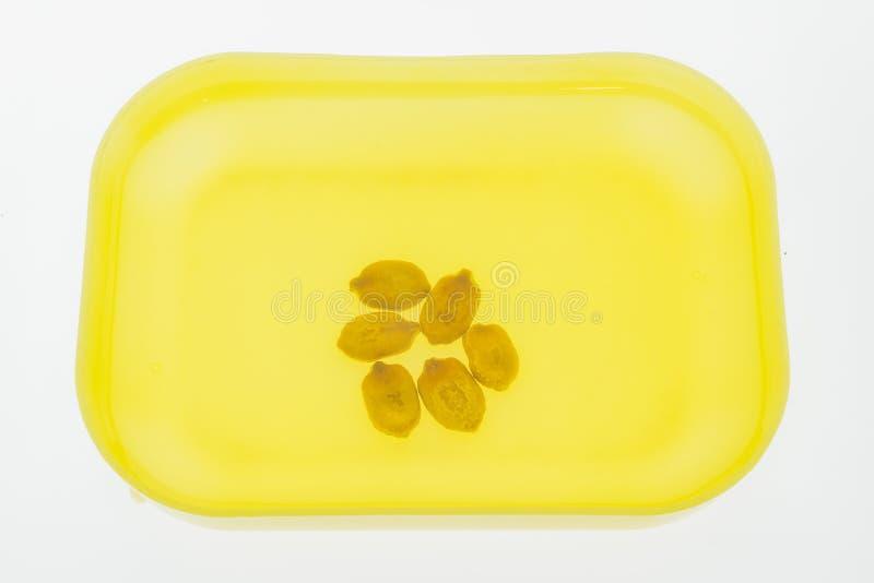 Горькие семена дыни выдержанные в малом шаре стоковая фотография
