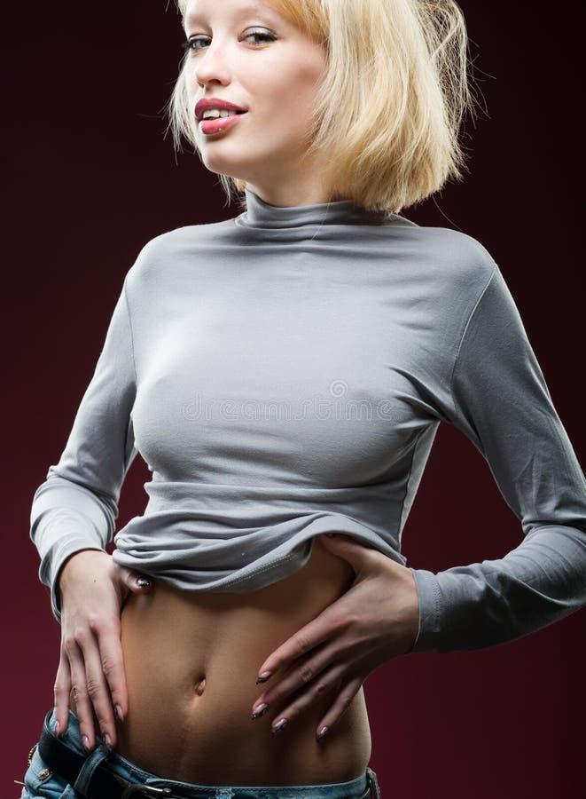 Горячяя блондинка