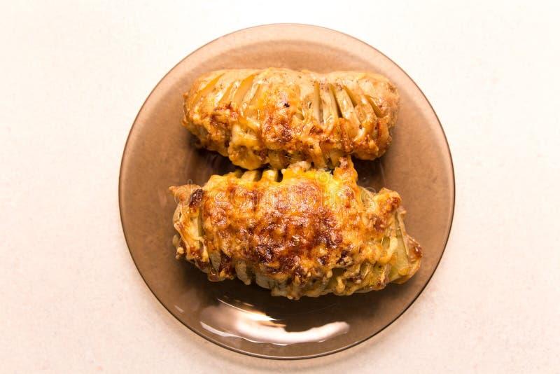 Горячая испеченная картошка стоковые фото