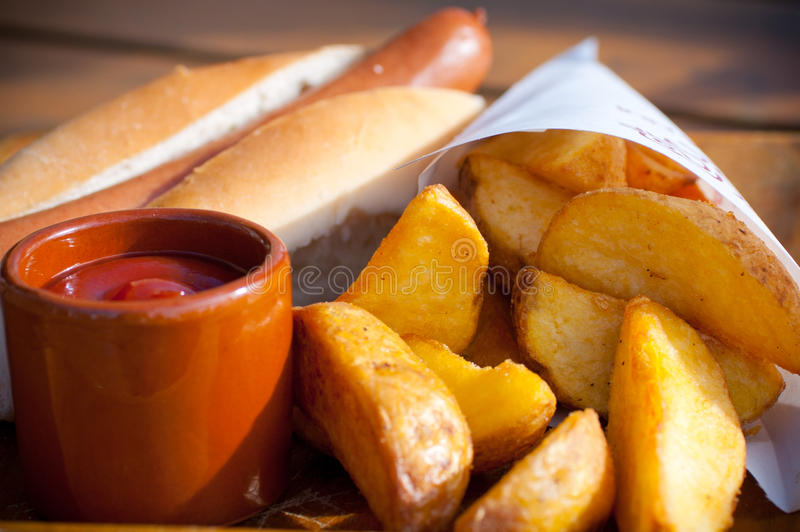 горячая сосиска стоковое изображение rf