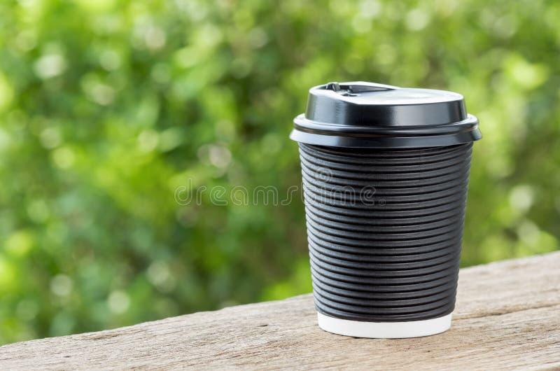 Горячий бумажный стаканчик кофе стоковые фото