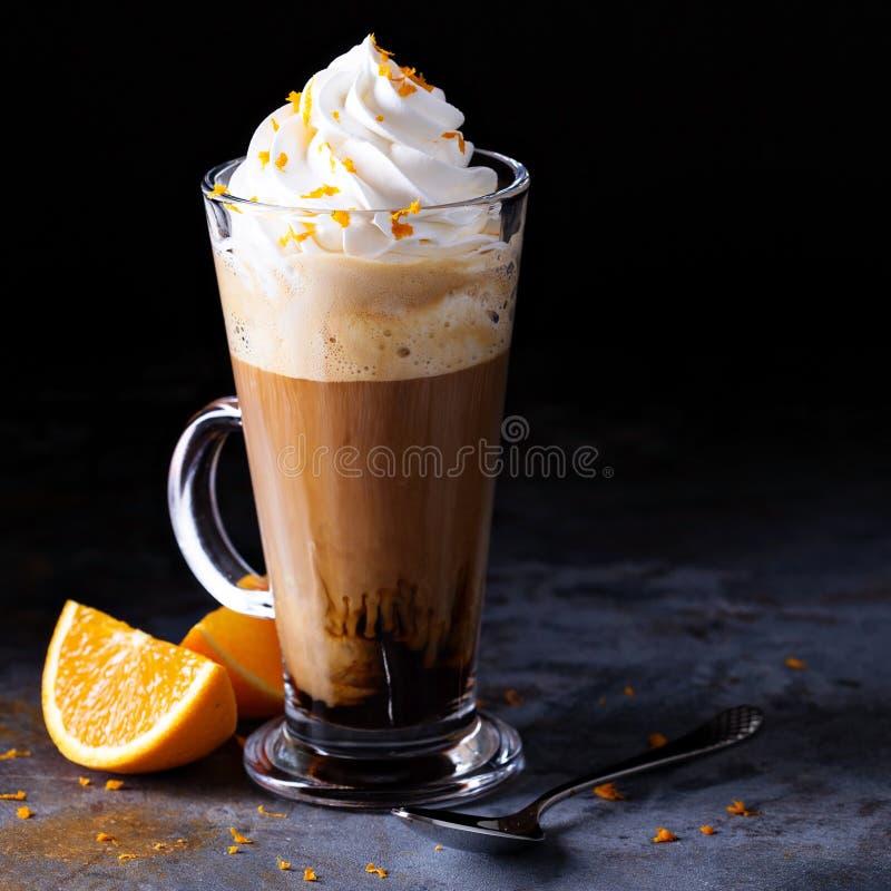 Горячий венский кофе с взбитой сливк стоковая фотография rf