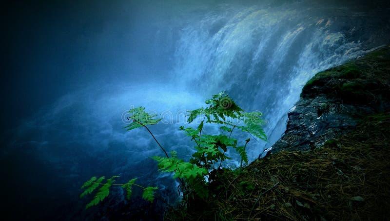 горячий водопад стоковое фото rf