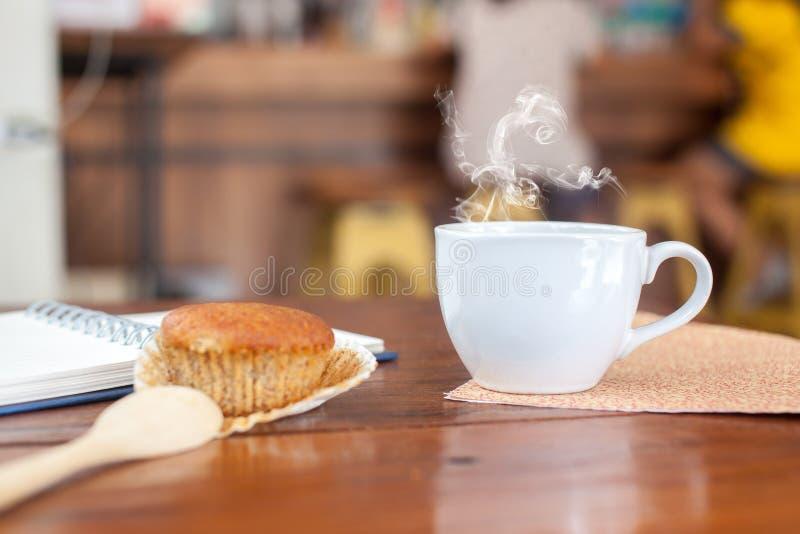 Горячий свежий кофе стоковые фото
