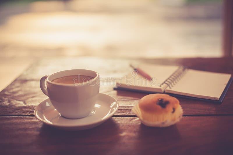 Горячий свежий кофе стоковая фотография rf