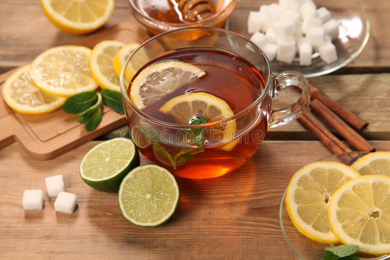 горячий чай стоковое изображение rf