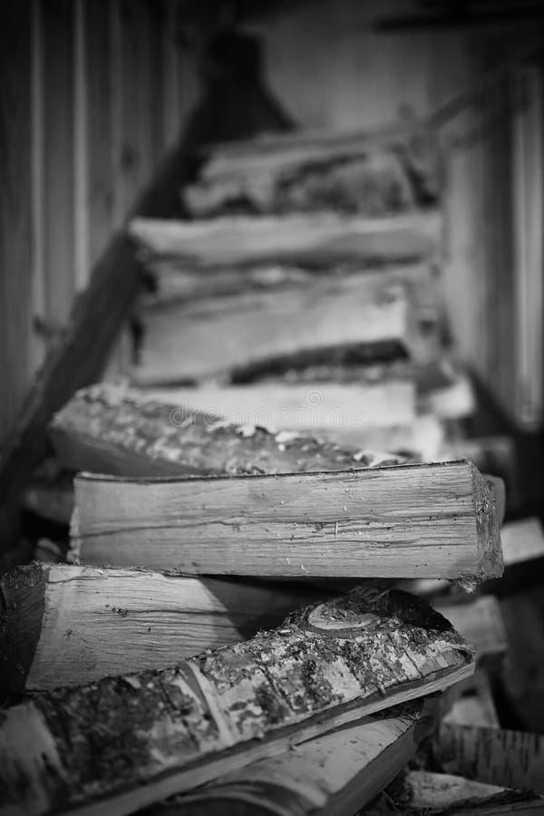 горящая древесина печки Швырок для топления печи Склад для стоковые фотографии rf