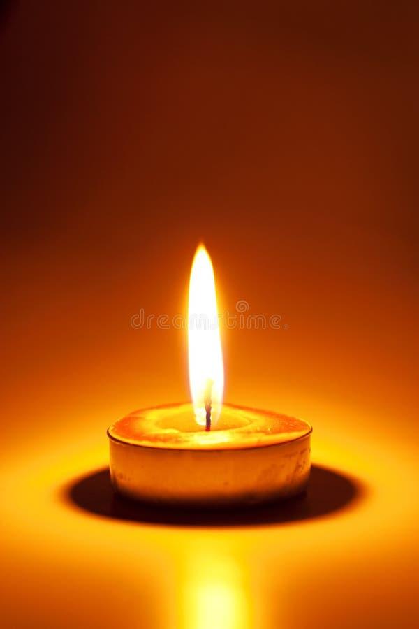Горящая свеча стоковое фото