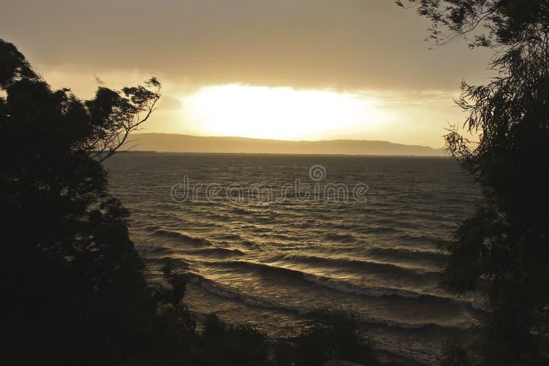 Горящее озеро стоковая фотография rf
