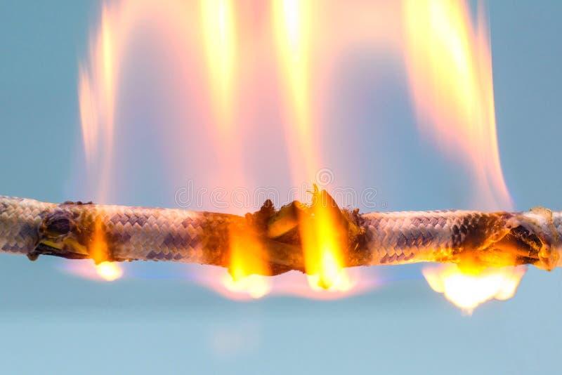 Горящий кабель стоковая фотография rf