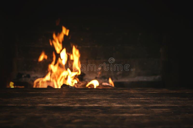 Горя огонь стоковое фото
