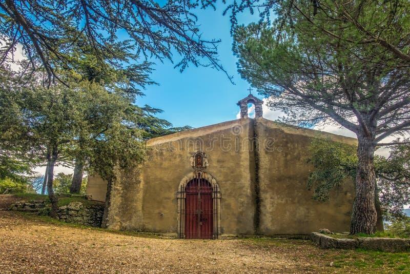 Гор-часовня Свят-Джин-du-Puy Regagnas стоковые изображения rf
