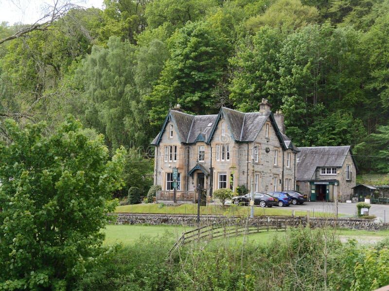 Гостиница в гористых местностях, Шотландия замка стоковое изображение