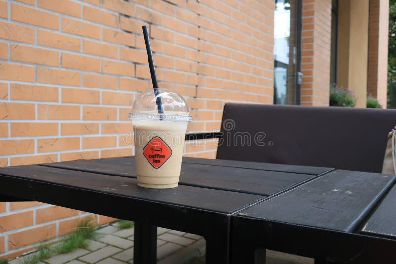 Гостиница кофе питья кофе стоковые фото