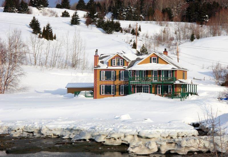 гостиница около воды стоковое фото rf